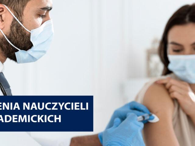Grafika przedstawia lekarza szczepiącego pacjetnkę